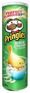 Pringles Sour Cream Onion Stapelchips mit Sauerrahm und Zwiebeln 200g