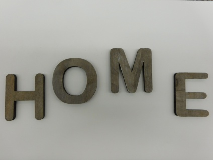 Holzbuchstabe W grau 1 Stueck