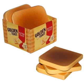 Tannner Kaufladen fünf goldbraune Toast - Scheiben aus Holz