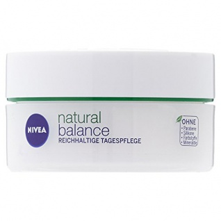Nivea Natural Balance Reichhaltige Tagespflege für trockene Haut 50ml
