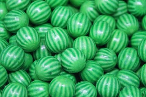 Kaugummi Kugeln in Wassermelonen Optik mit saurem Brausepulver 1000g
