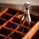 BUTLERS SWING Glasflasche mit Bügelverschluss