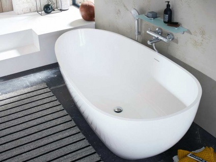 Freistehende Badewanne Luino Grande aus Mineralguss in matt von Bädermax