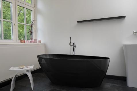 Freistehende Badewanne Modena Mineralguss schwarz