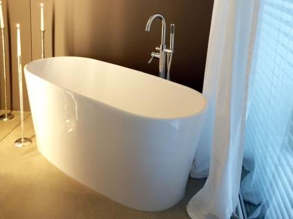Freistehende Badewanne Bellagio aus Mineralguss in matt von Bädermax