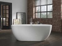 Freistehende Badewanne Valencia aus Acryl in weiß glänzend von Bädermax