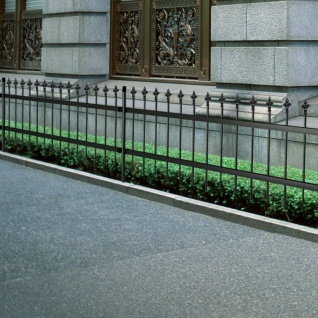 Dekorativer Gartenzaun Zaun gespitzt Stahl Schwarz 80 cm