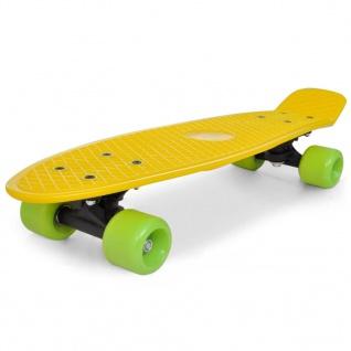 """Retro-Skateboard mit gelbem Deck und grünen Rollen 6, 1"""""""