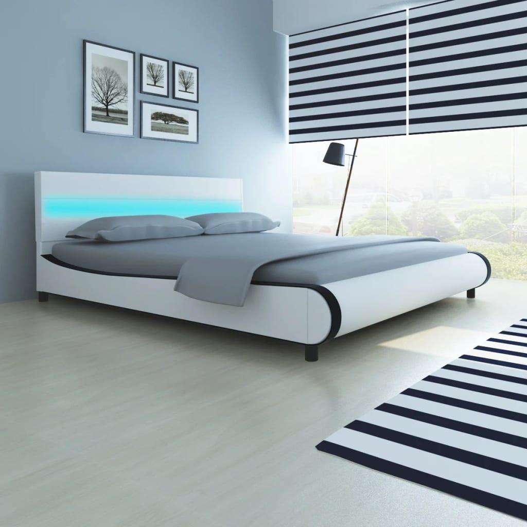 Bett mit LED-Leiste am Kopfteil + Memory-Schaum-Matratze 180 cm ...