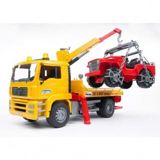 Bruder Abschlepp-LKW mit Geländewagen MAN TGA 1:16 02750