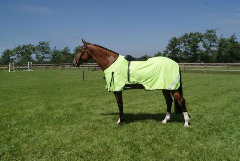QHP Reflexion Ausreitdecke Sattelausschnitt wasserabweisend Fleece Füllung