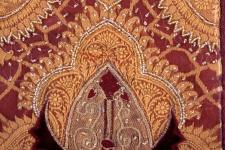 Kissenhülle Serenissima, Burgund/Gold, mit Samtapplikationen und Perlenstickerei