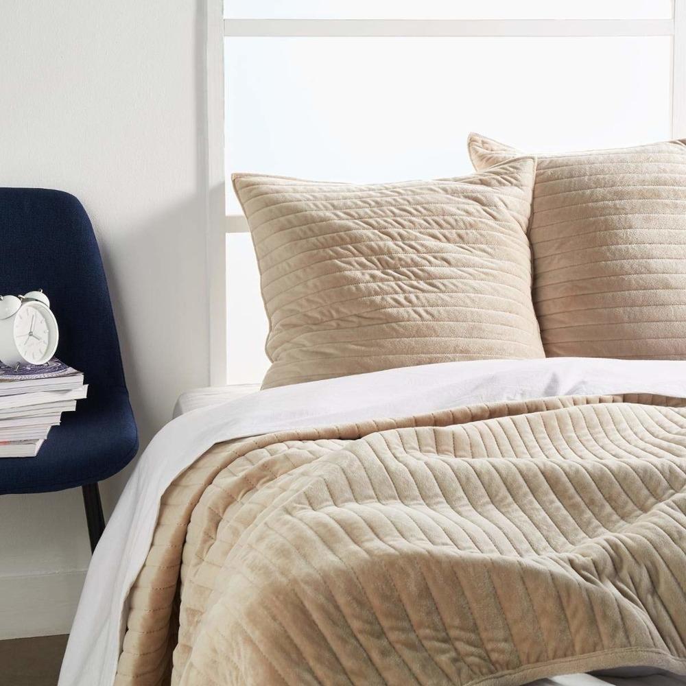 Set aus Tagesdecke und 2 Kissenbezügen, Schlafzimmer Tagesdecken modern -  grau