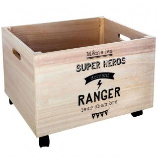 Große Holzkiste, einfach zu transportieren durch Griff und Räder, universell einsetzbar.