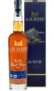 A. H. Riise X.O. Hakoon Royal Reserve Rum 0.7 L