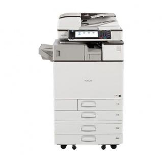 Ricoh Aficio MP C3003 gebrauchter Kopierer 397.303 Blatt gedruckt mit 4.PF, SR-3130 Finisher, Hefter, Faxkarte ALLE TONER NEU