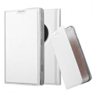 Cadorabo Hülle für Nokia Lumia 1020 in CLASSY SILBER - Handyhülle mit Magnetverschluss, Standfunktion und Kartenfach - Case Cover Schutzhülle Etui Tasche Book Klapp Style