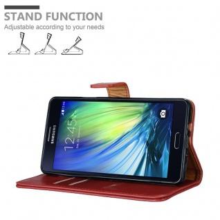 Cadorabo Hülle für Samsung Galaxy A7 2015 in WEIN ROT - Handyhülle mit Magnetverschluss, Standfunktion und Kartenfach - Case Cover Schutzhülle Etui Tasche Book Klapp Style - Vorschau 4