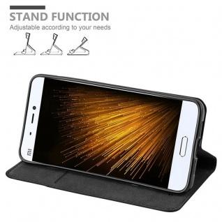 Cadorabo Hülle für Xiaomi Mi 5 in NACHT SCHWARZ - Handyhülle mit Magnetverschluss, Standfunktion und Kartenfach - Case Cover Schutzhülle Etui Tasche Book Klapp Style - Vorschau 4