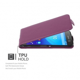 Cadorabo Hülle für Sony Xperia M5 in BORDEAUX LILA - Handyhülle im Flip Design aus strukturiertem Kunstleder - Case Cover Schutzhülle Etui Tasche Book Klapp Style - Vorschau 4