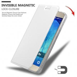 Cadorabo Hülle für Samsung Galaxy A8 2015 in CLASSY SILBER - Handyhülle mit Magnetverschluss, Standfunktion und Kartenfach - Case Cover Schutzhülle Etui Tasche Book Klapp Style - Vorschau 3