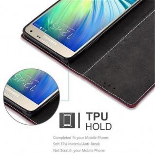 Cadorabo Hülle für Samsung Galaxy A5 2015 in ROT SCHWARZ - Handyhülle mit Magnetverschluss, Standfunktion und Kartenfach - Case Cover Schutzhülle Etui Tasche Book Klapp Style - Vorschau 4