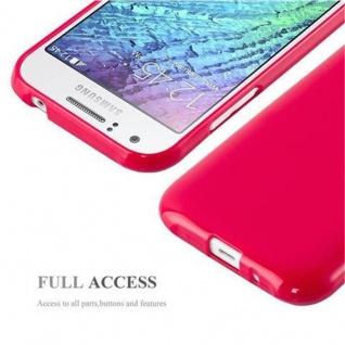 Cadorabo Hülle für Samsung Galaxy J1 2015 in JELLY ROT - Handyhülle aus flexiblem TPU Silikon - Silikonhülle Schutzhülle Ultra Slim Soft Back Cover Case Bumper - Vorschau 4