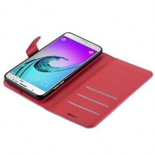Cadorabo Hülle für Samsung Galaxy J7 2016 in KARMIN ROT Handyhülle mit Magnetverschluss, Standfunktion und Kartenfach Case Cover Schutzhülle Etui Tasche Book Klapp Style - Vorschau 3