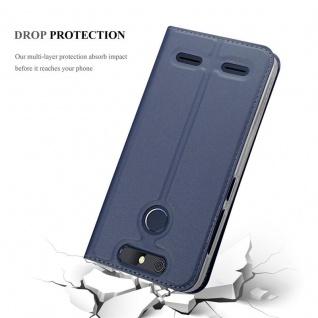 Cadorabo Hülle für ZTE Blade V8 MINI in CLASSY DUNKEL BLAU - Handyhülle mit Magnetverschluss, Standfunktion und Kartenfach - Case Cover Schutzhülle Etui Tasche Book Klapp Style - Vorschau 5
