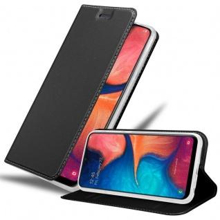 Cadorabo Hülle für Samsung Galaxy A20e in CLASSY SCHWARZ Handyhülle mit Magnetverschluss, Standfunktion und Kartenfach Case Cover Schutzhülle Etui Tasche Book Klapp Style