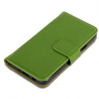 Cadorabo Hülle für Samsung Galaxy A3 2015 in GRAS GRÜN - Handyhülle mit Magnetverschluss, Standfunktion und Kartenfach - Case Cover Schutzhülle Etui Tasche Book Klapp Style - Vorschau 4