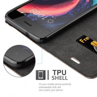 Cadorabo Hülle für HTC Desire 10 PRO in KAFFEE BRAUN - Handyhülle mit Magnetverschluss, Standfunktion und Kartenfach - Case Cover Schutzhülle Etui Tasche Book Klapp Style - Vorschau 3
