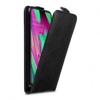 Cadorabo Hülle für Samsung Galaxy A40 in NACHT SCHWARZ - Handyhülle im Flip Design mit Magnetverschluss - Case Cover Schutzhülle Etui Tasche Book Klapp Style