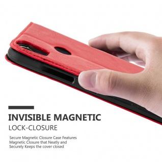 Cadorabo Hülle für HTC Desire 10 PRO in APFEL ROT - Handyhülle mit Magnetverschluss, Standfunktion und Kartenfach - Case Cover Schutzhülle Etui Tasche Book Klapp Style - Vorschau 5