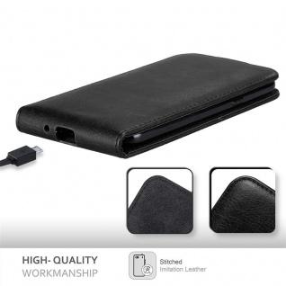 Cadorabo Hülle für Samsung Galaxy J3 / J3 DUOS 2016 in NACHT SCHWARZ - Handyhülle im Flip Design mit unsichtbarem Magnetverschluss - Case Cover Schutzhülle Etui Tasche Book Klapp Style - Vorschau 5
