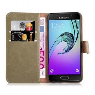 Cadorabo Hülle für Samsung Galaxy A3 2016 in CAPPUCCINO BRAUN ? Handyhülle mit Magnetverschluss, Standfunktion und Kartenfach ? Case Cover Schutzhülle Etui Tasche Book Klapp Style - Vorschau 5