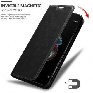 Cadorabo Hülle für Xiaomi RedMi 5A in NACHT SCHWARZ - Handyhülle mit Magnetverschluss, Standfunktion und Kartenfach - Case Cover Schutzhülle Etui Tasche Book Klapp Style - Vorschau 3