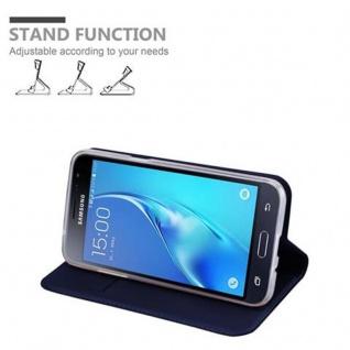 Cadorabo Hülle für Samsung Galaxy J3 2016 in CLASSY DUNKEL BLAU - Handyhülle mit Magnetverschluss, Standfunktion und Kartenfach - Case Cover Schutzhülle Etui Tasche Book Klapp Style - Vorschau 4