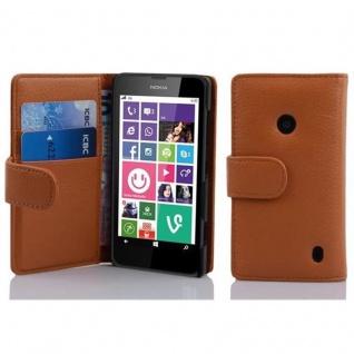 Cadorabo Hülle für Nokia Lumia 630 / 635 in COGNAC BRAUN ? Handyhülle aus strukturiertem Kunstleder mit Standfunktion und Kartenfach ? Case Cover Schutzhülle Etui Tasche Book Klapp Style