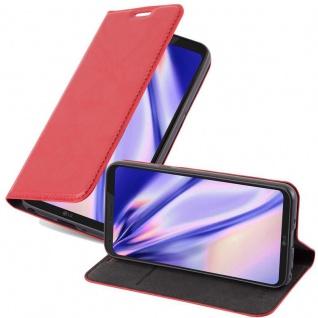 Cadorabo Hülle für LG Q6 in APFEL ROT Handyhülle mit Magnetverschluss, Standfunktion und Kartenfach Case Cover Schutzhülle Etui Tasche Book Klapp Style