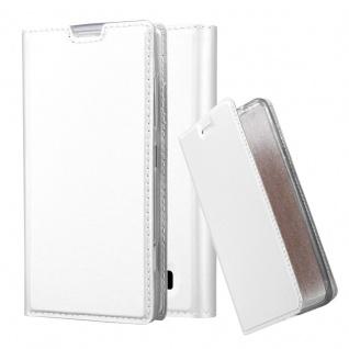 Cadorabo Hülle für Nokia Lumia 520 in CLASSY SILBER - Handyhülle mit Magnetverschluss, Standfunktion und Kartenfach - Case Cover Schutzhülle Etui Tasche Book Klapp Style