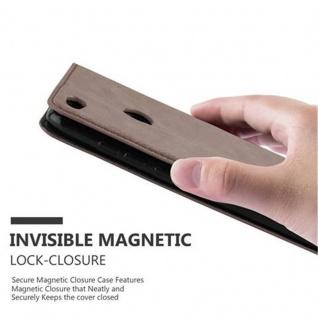 Cadorabo Hülle für Huawei P8 LITE 2017 in KAFFEE BRAUN - Handyhülle mit Magnetverschluss, Standfunktion und Kartenfach - Case Cover Schutzhülle Etui Tasche Book Klapp Style - Vorschau 5