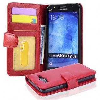 Cadorabo Hülle für Samsung Galaxy J5 2015 in INFERNO ROT - Handyhülle mit Magnetverschluss und 3 Kartenfächern - Case Cover Schutzhülle Etui Tasche Book Klapp Style
