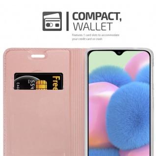 Cadorabo Hülle für Samsung Galaxy A30S in CLASSY ROSÉ GOLD - Handyhülle mit Magnetverschluss, Standfunktion und Kartenfach - Case Cover Schutzhülle Etui Tasche Book Klapp Style - Vorschau 3