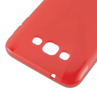 Cadorabo Hülle für Samsung Galaxy A8 2015 in INFERNO ROT - Handyhülle aus flexiblem TPU Silikon - Silikonhülle Schutzhülle Ultra Slim Soft Back Cover Case Bumper - Vorschau 4