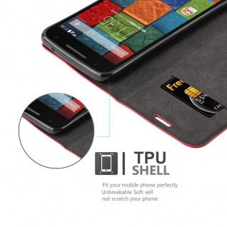 Cadorabo Hülle für Motorola MOTO X2 in APFEL ROT Handyhülle mit Magnetverschluss, Standfunktion und Kartenfach Case Cover Schutzhülle Etui Tasche Book Klapp Style - Vorschau 5