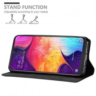 Cadorabo Hülle für Samsung Galaxy A50 in NACHT SCHWARZ - Handyhülle mit Magnetverschluss, Standfunktion und Kartenfach - Case Cover Schutzhülle Etui Tasche Book Klapp Style - Vorschau 4