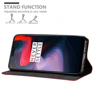 Cadorabo Hülle für One Plus 6 in APFEL ROT Handyhülle mit Magnetverschluss, Standfunktion und Kartenfach Case Cover Schutzhülle Etui Tasche Book Klapp Style - Vorschau 4