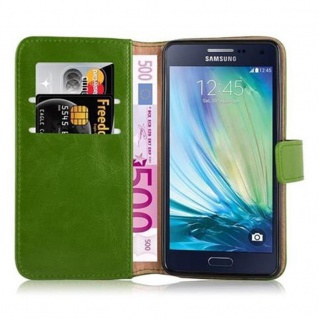 Cadorabo Hülle für Samsung Galaxy A5 2015 in GRAS GRÜN - Handyhülle mit Magnetverschluss, Standfunktion und Kartenfach - Case Cover Schutzhülle Etui Tasche Book Klapp Style - Vorschau 5