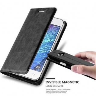 Cadorabo Hülle für Samsung Galaxy J1 2015 in NACHT SCHWARZ - Handyhülle mit Magnetverschluss, Standfunktion und Kartenfach - Case Cover Schutzhülle Etui Tasche Book Klapp Style